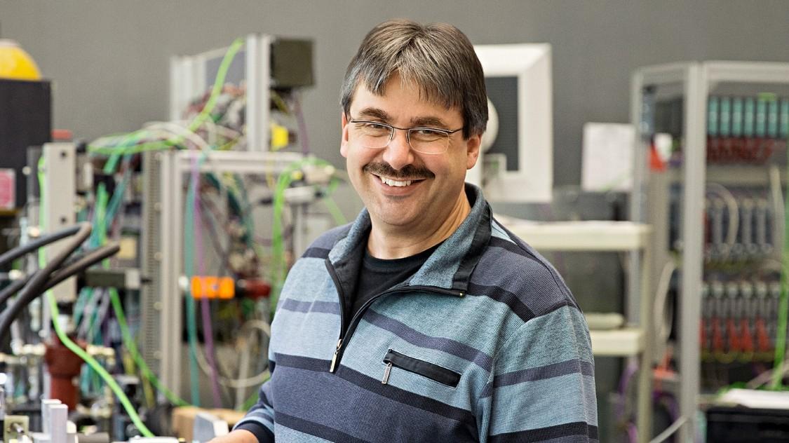 Inventor Benno Weis