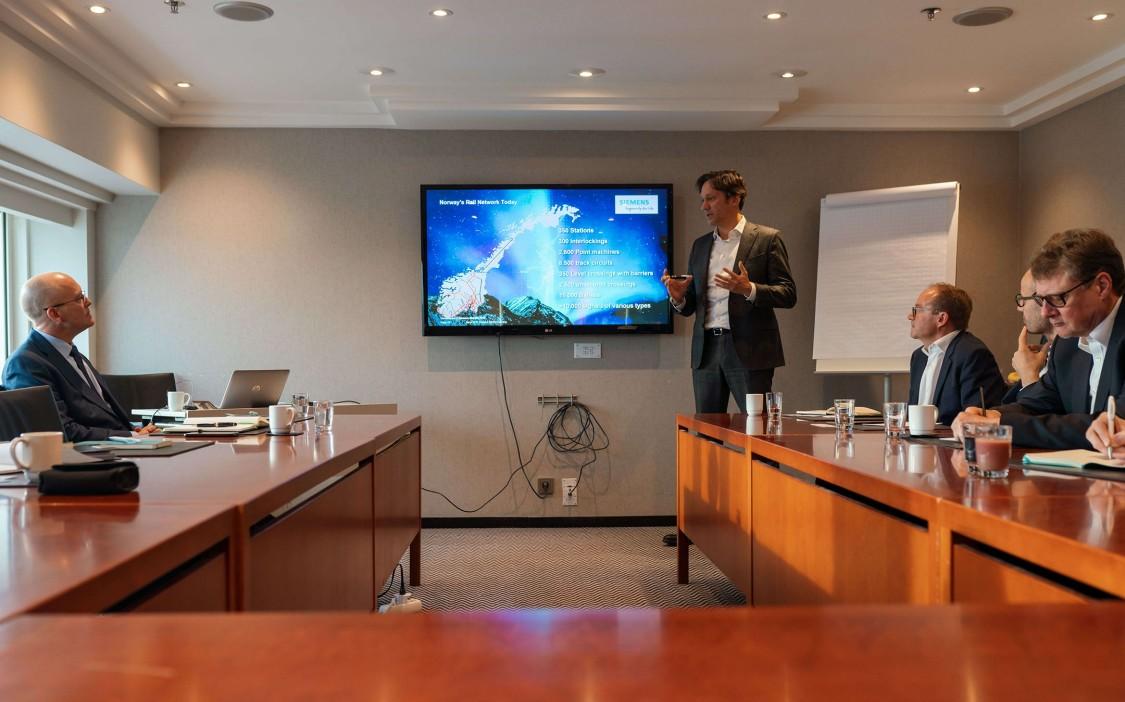 Michael Peter, CEO Siemens Mobility bei der Pressekonferenz