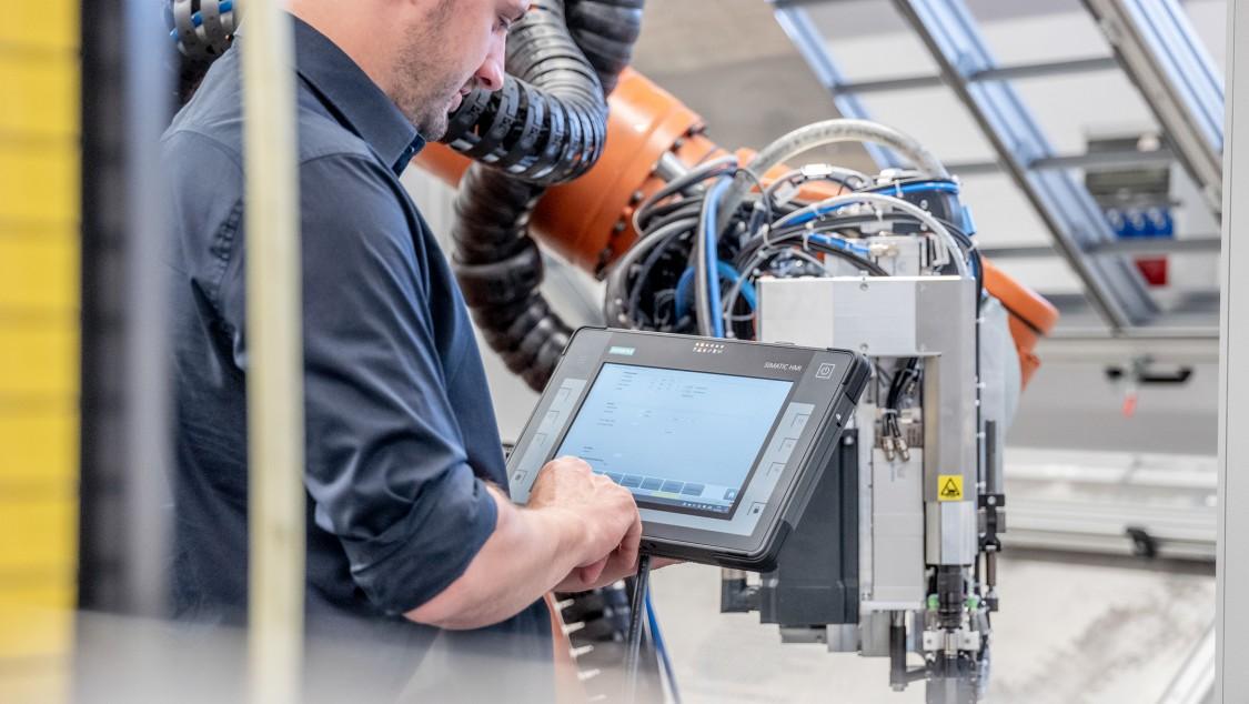 Key Visual reference Weber Schraubautomaten GmbH