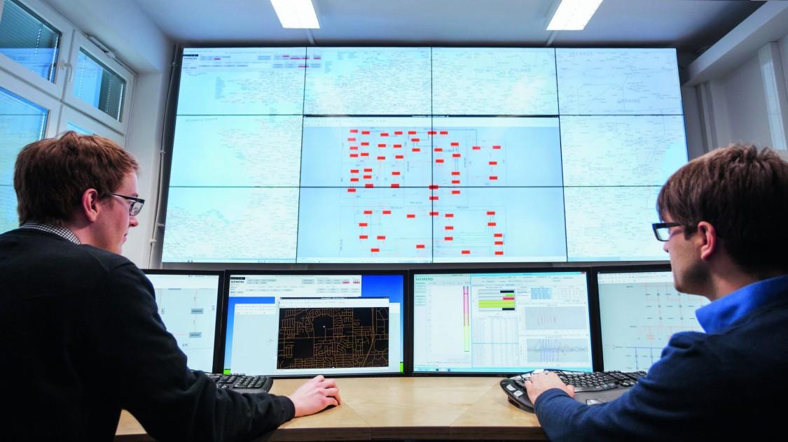 Dünyanın ilk dinamik şebeke kontrol merkezi