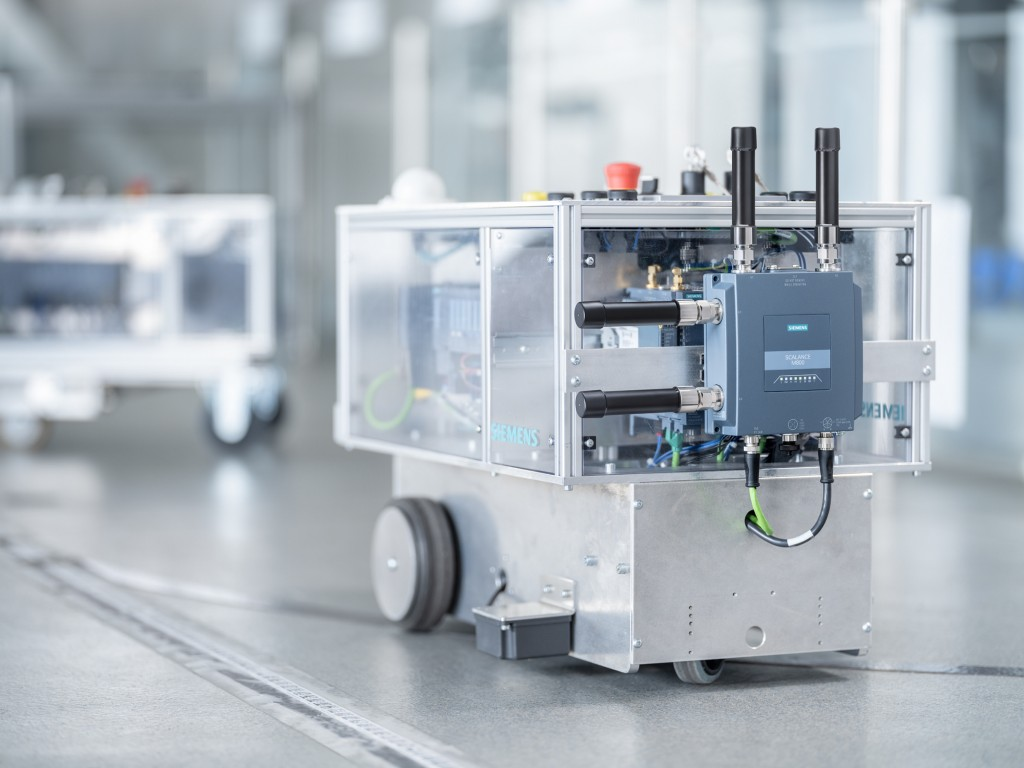 The Scalance MUM856-1 – the first industrial 5G router from Siemens – is available now. The device connects local industrial applications to public 5G, 4G (LTE), and 3G (UMTS) mobile wireless networks.
