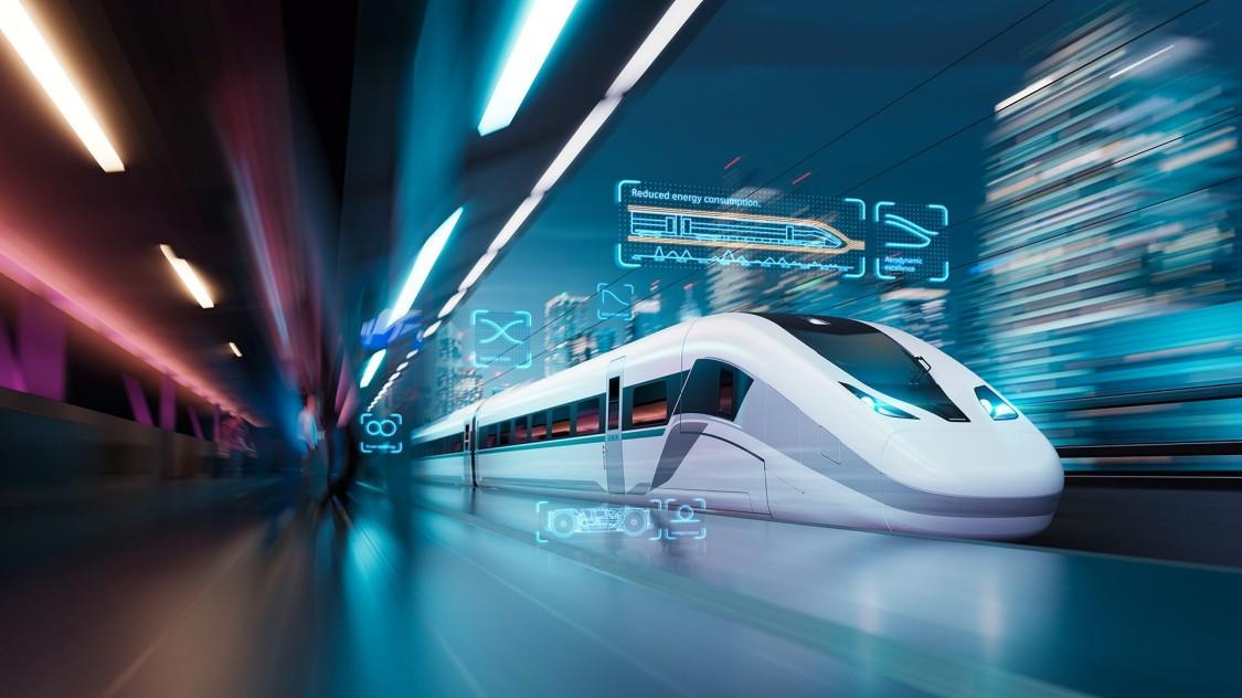 Der Velaro Novo fährt in einen futuristisch anmutenden Bahnhof ein.