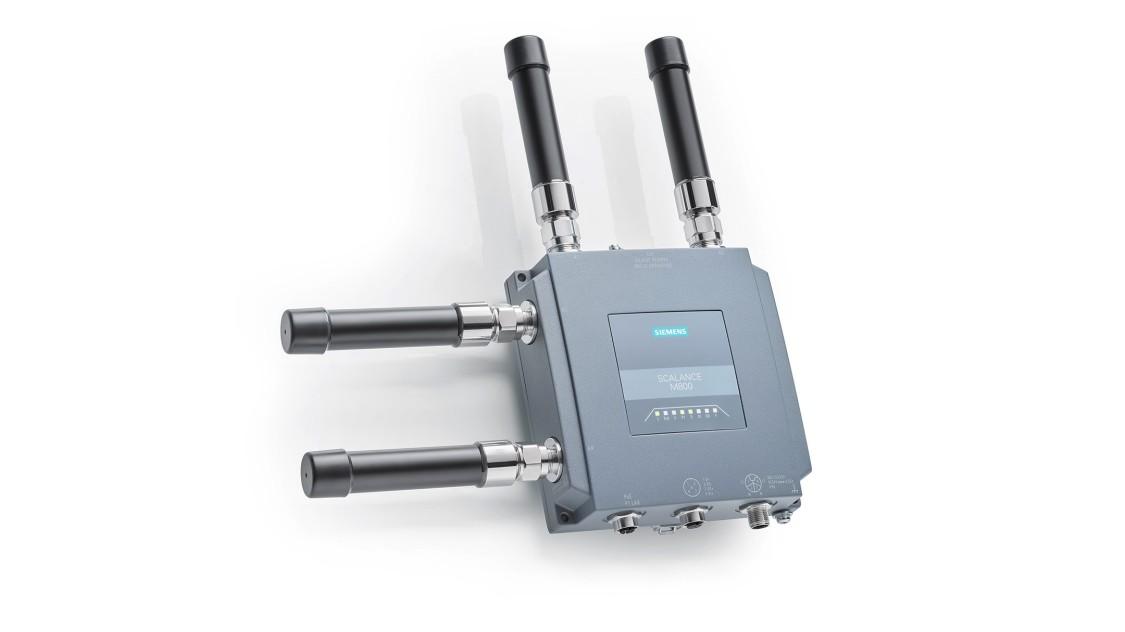 SCALANCE MUM856 mit Antennen