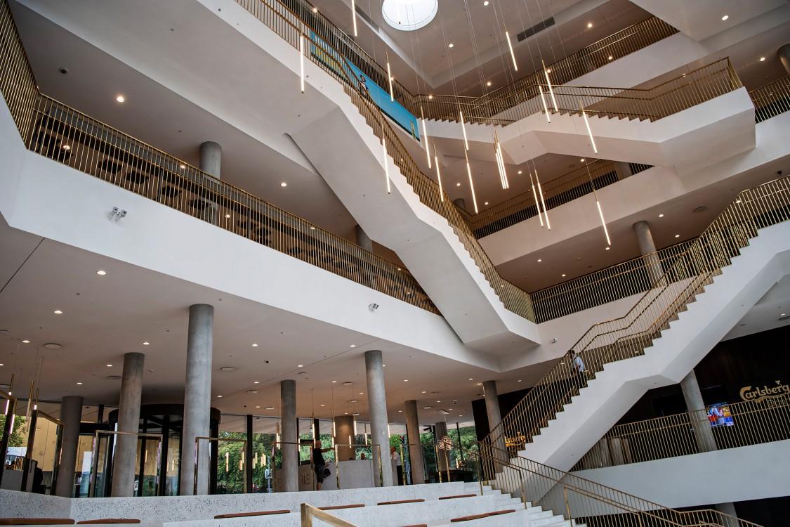 Arkitektur og indretning skaber imponerende rammer på Carlsbergs hovedkontor