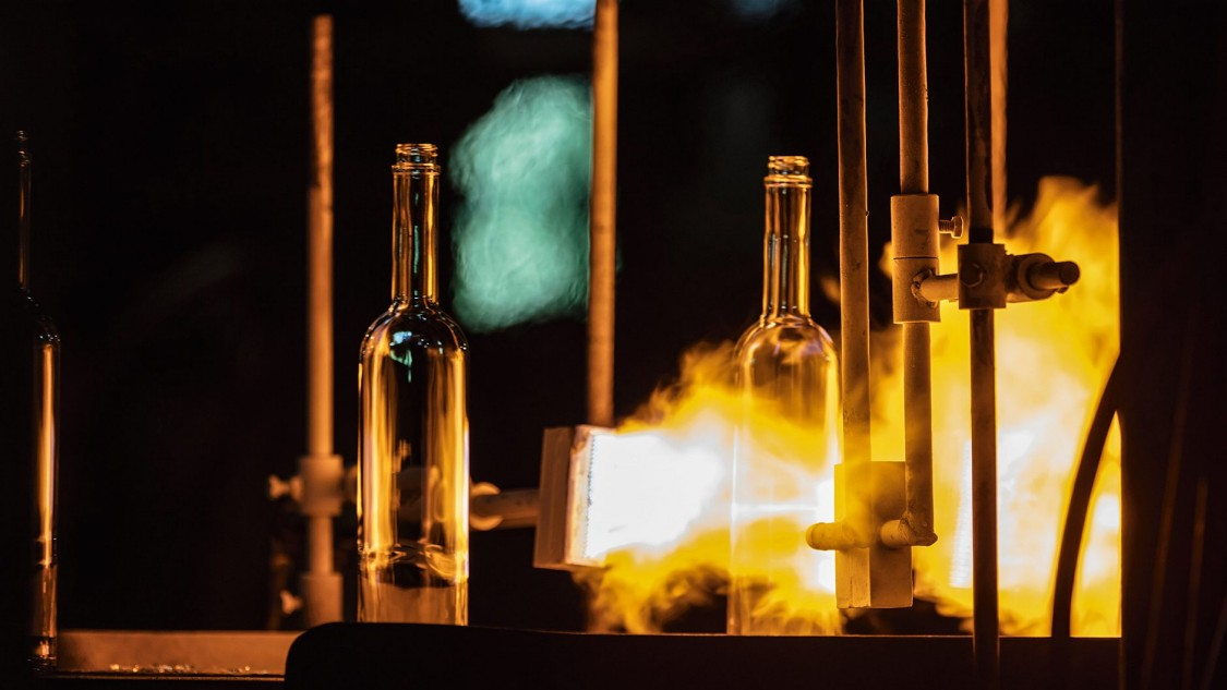 Glass industry | Market-specific Solutions | Siemens