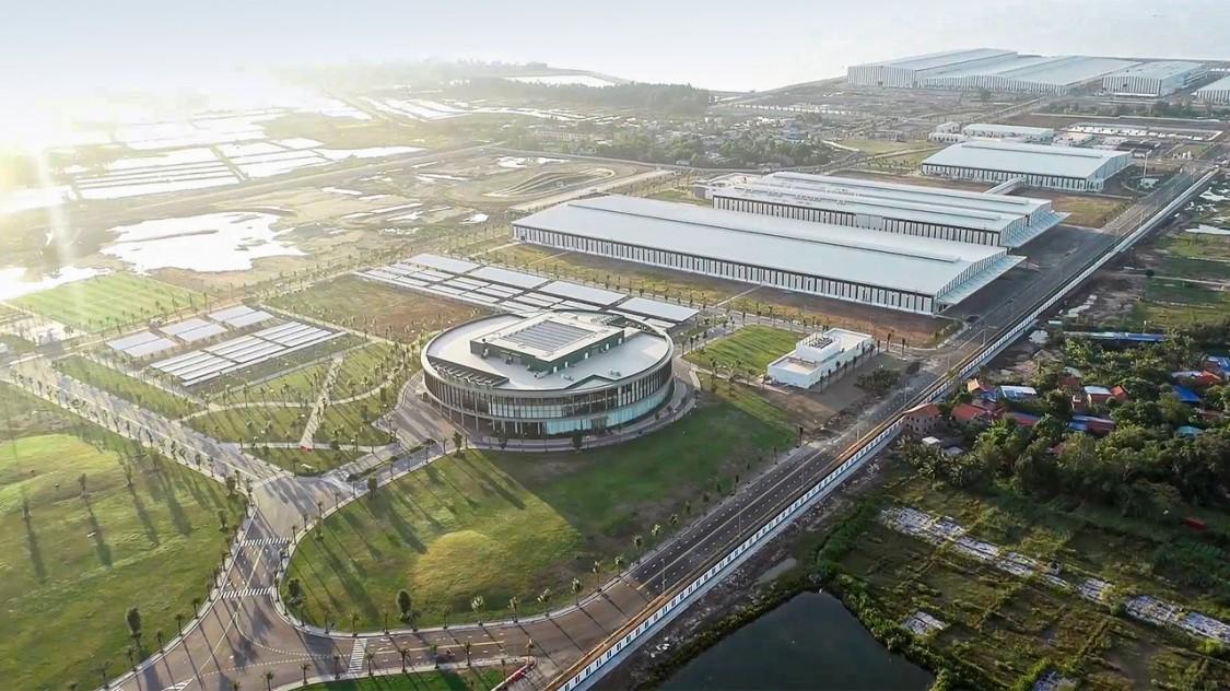 越南首座汽车工厂投产
