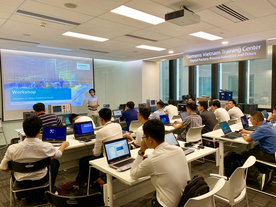SITRAIN Việt Nam - Trung tâm đào tạo Công Nghiệp Số