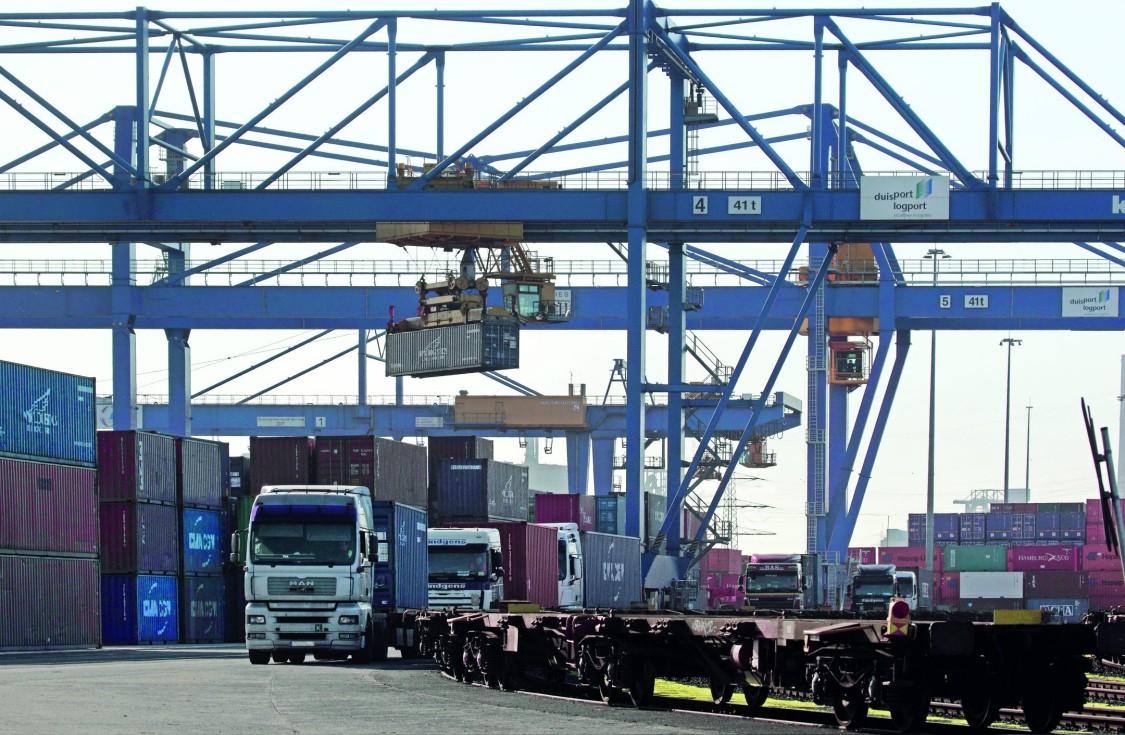 Zintegrowane sterowanie ruchem pojazdów ciężarowych