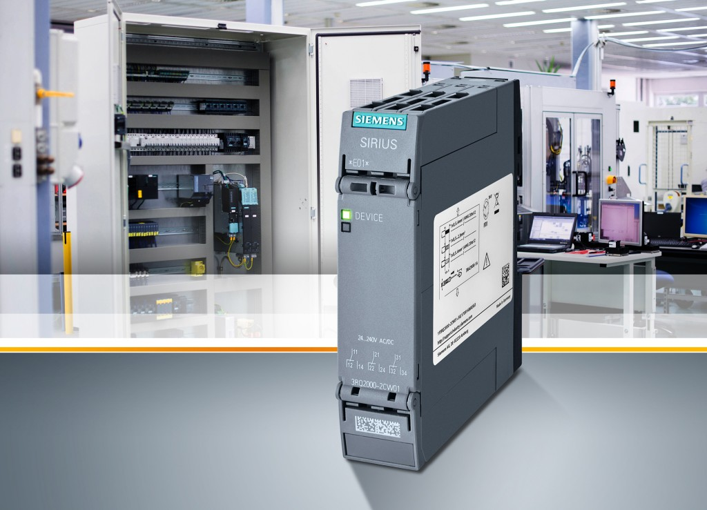 Universal coupling relays with user-friendly connection and wide-range input