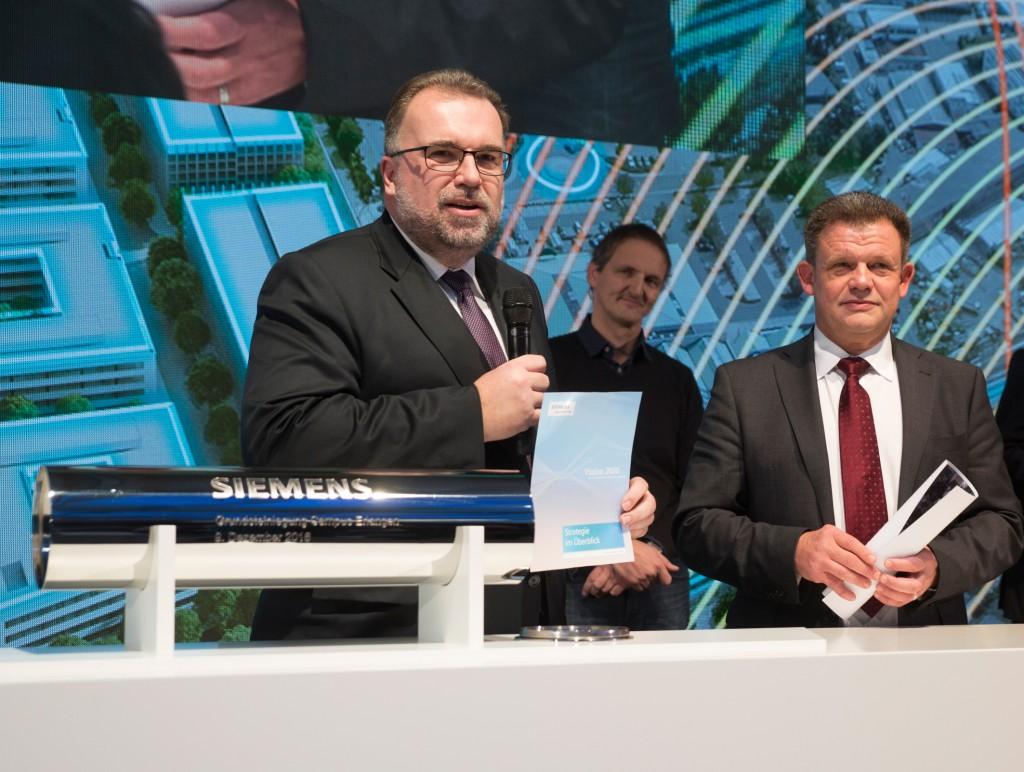Prof. Siegfried Russwurm bei der Grundsteinlegung zum Siemens Campus Erlangen