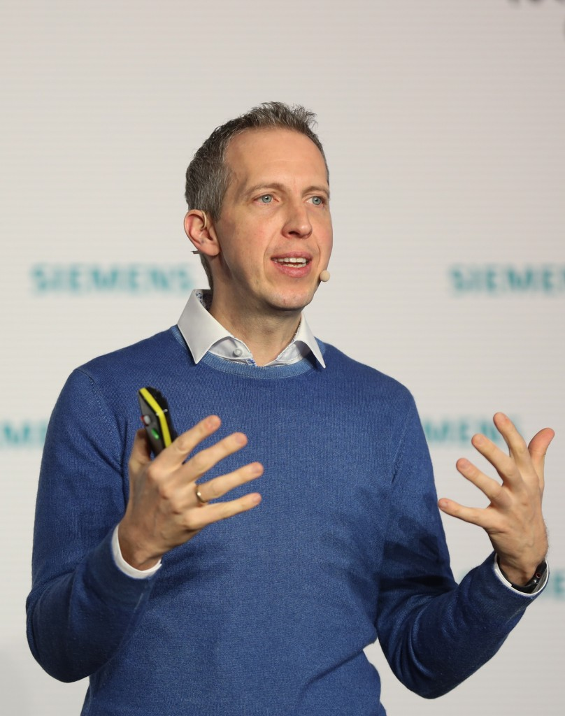 Rainer Brehm, CEO der Business Unit Factory Automation, Siemens AG.