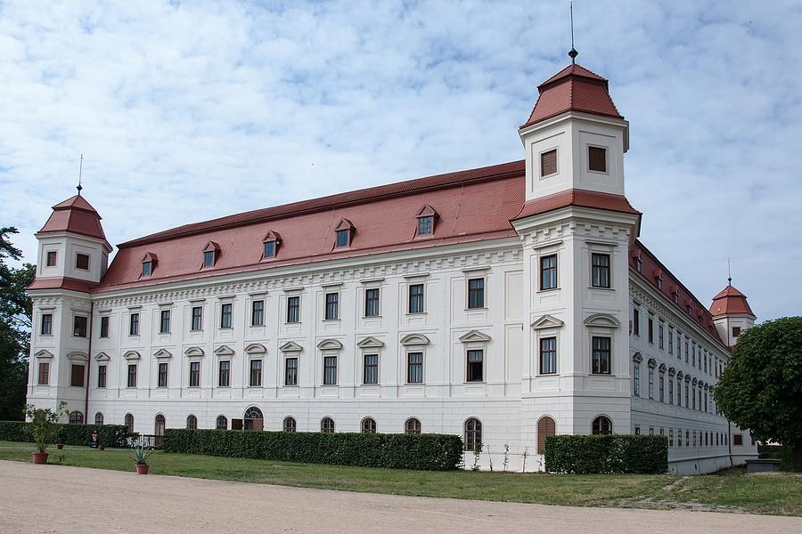 Zámek Holešov rekonstrukce reference Siemens