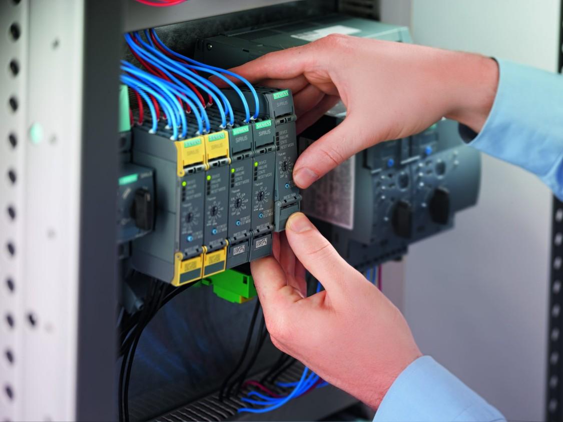 Чи замислювались Ви над питанням габаритів електричних шаф?