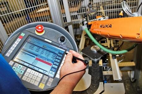 Roboter in der CNC-Fertigung
