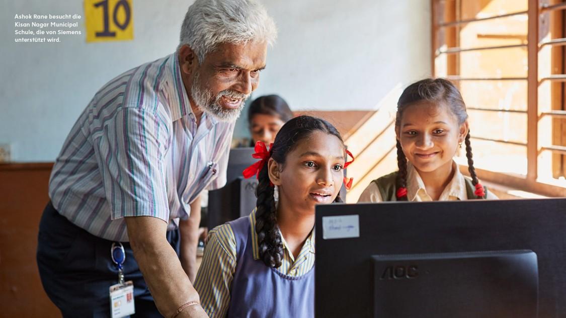 Ashok Rane besucht die Kisan Nagar Municipal Schule, die von Siemens unterstützt wird