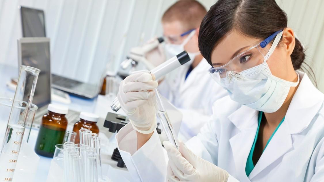 Forscher in einem Labor