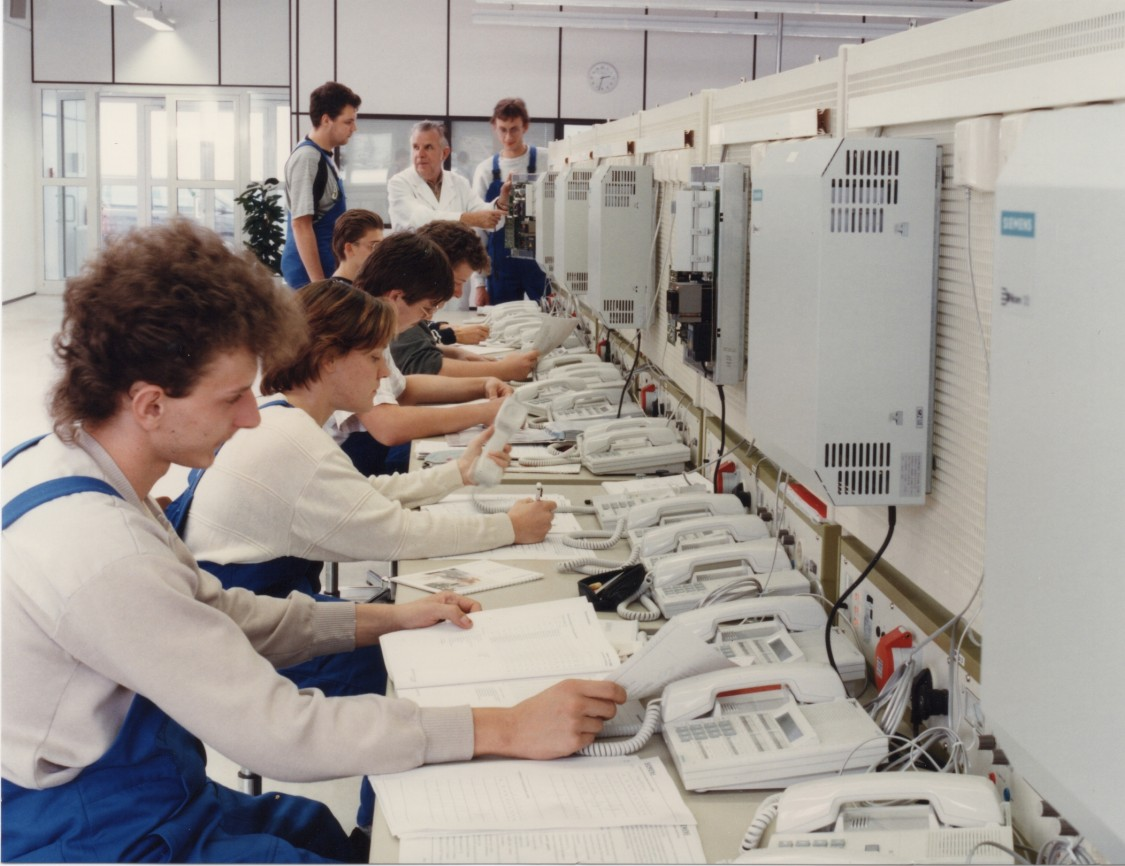 apprentices in the Rostock Training Center