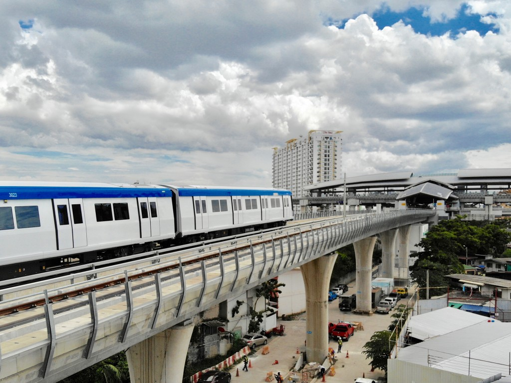 Bangkok Blue Line expands passenger service with Siemens Mobility metro trains