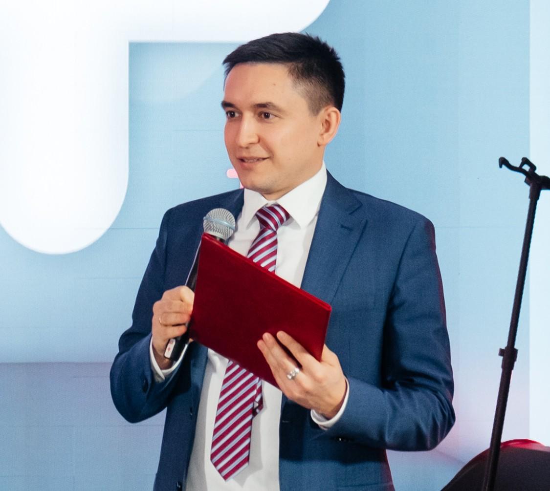Ренат Габдуллин с коллегами