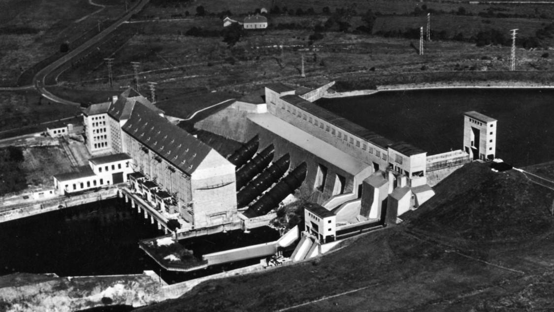 Wasserkraftwerk am Shannon