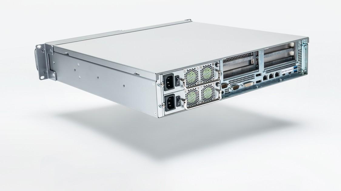 Fotografie produktu: Špičkové průmyslové počítače v provedení Rack: SIMATIC IPC647E