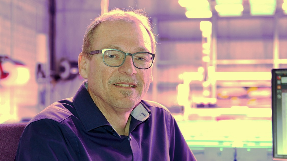 Siemens research scientist Rudolf Sollacher in the indoor farming lab