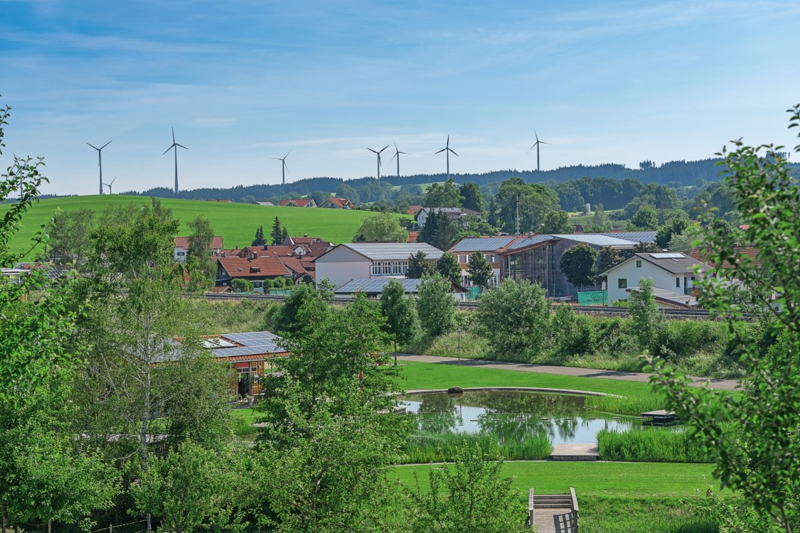 Wildpoldsried outline with windmills and solar panels as part of the microgrid