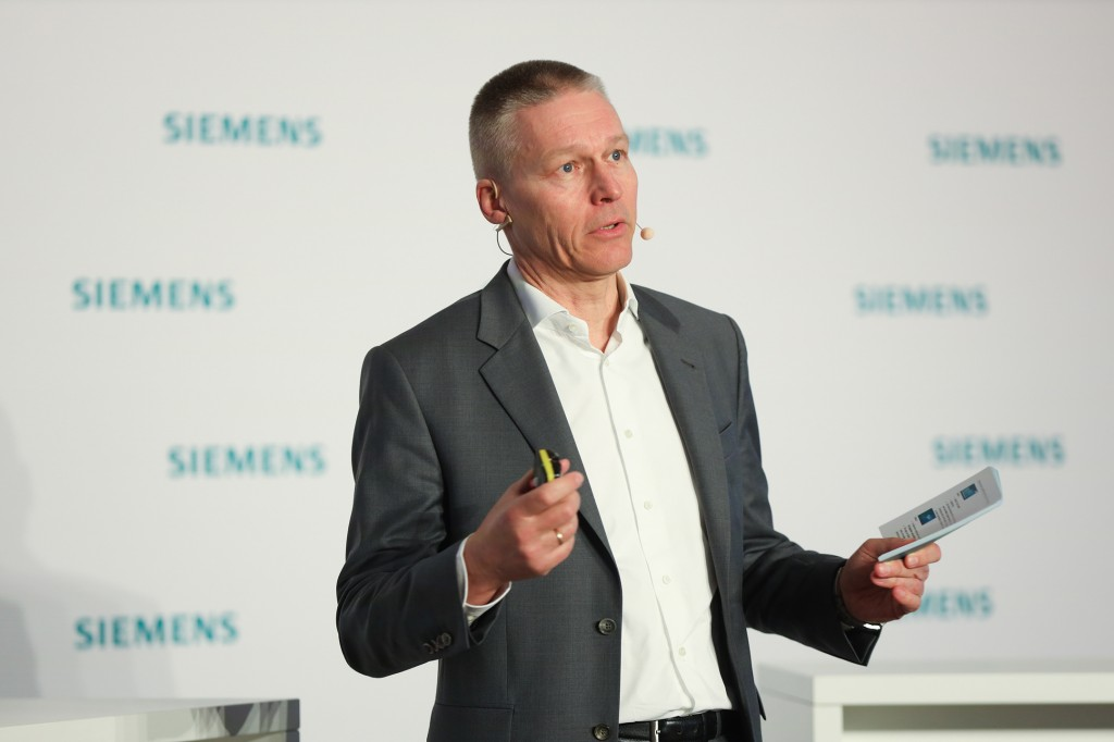 Dr. Jan Mrosik, COO von Digital Industries, Siemens AG.