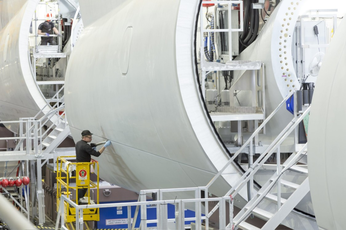 Wind turbine manufacturing