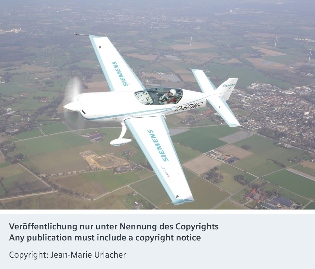 World's first aerotow with an electric plane