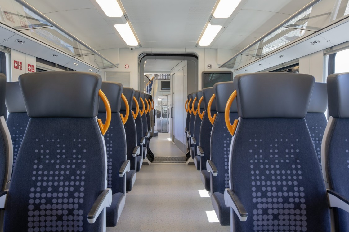 View into the lower passenger compartment of the Desiro HC.