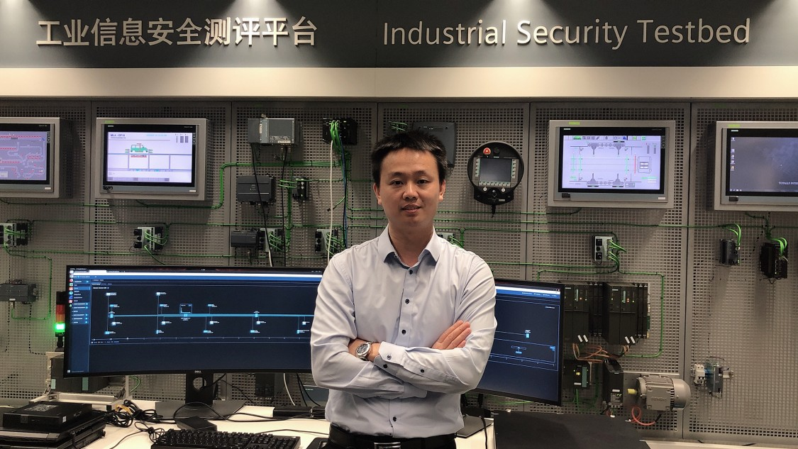 Jian Jun Hu, CCSO of Siemens China