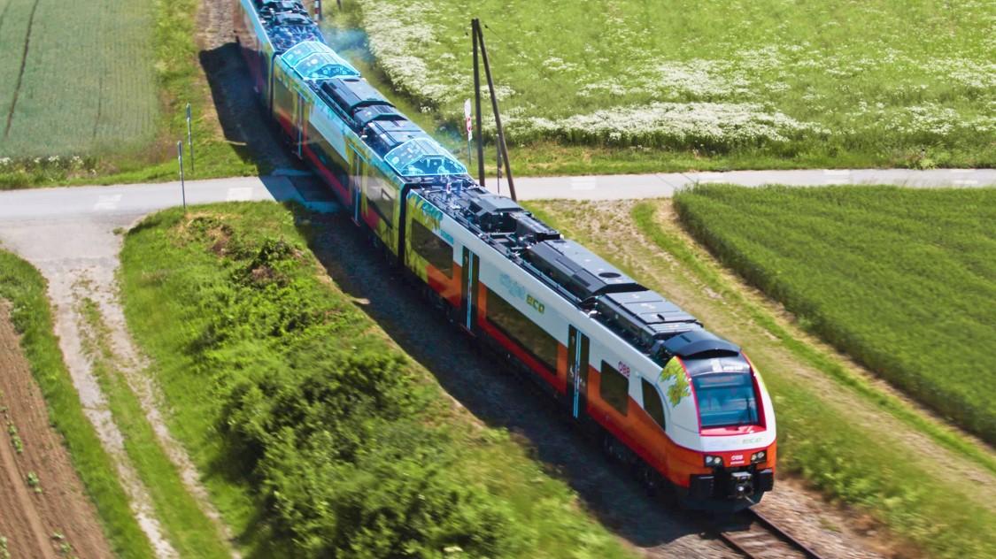 Hybride Antriebssysteme für Commuter- und Regionalzüge