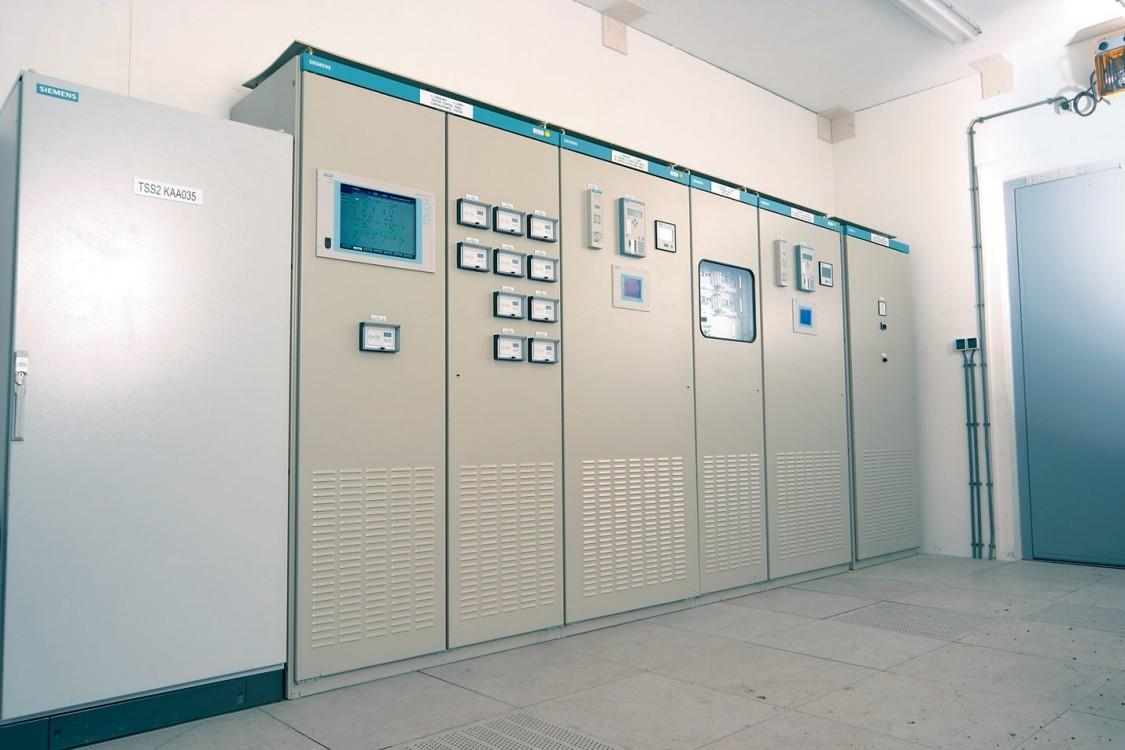 Sistema de controle de estações Sitras SCS para fonte de alimentação de tração