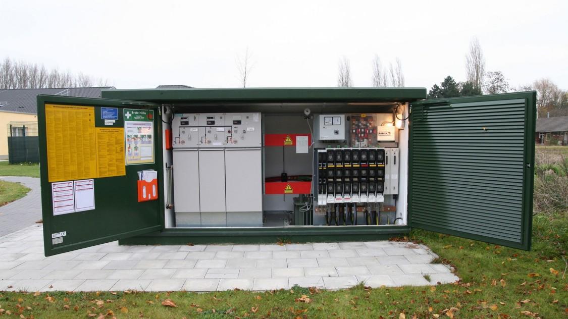 Intelligent transformer substations