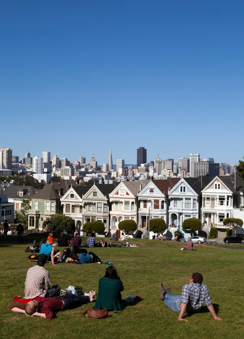 Clean air urban scene