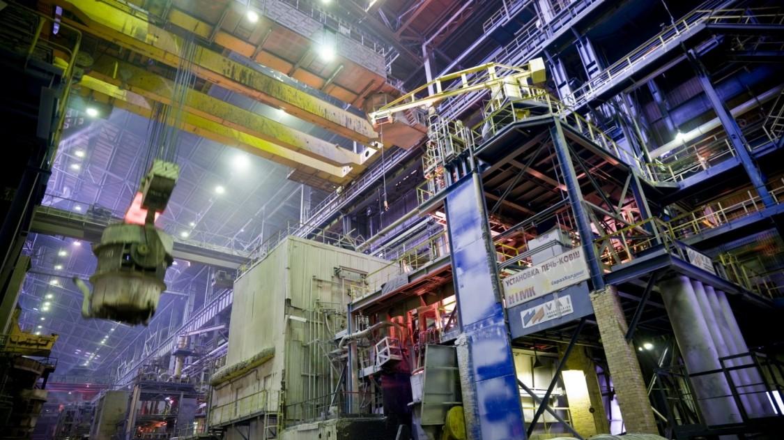 Overhead crane in a factory