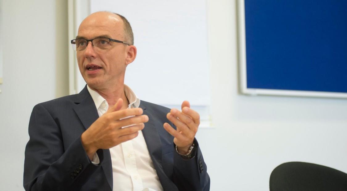 Wolfgang Schwering – Experte für industrielle Netzwerke