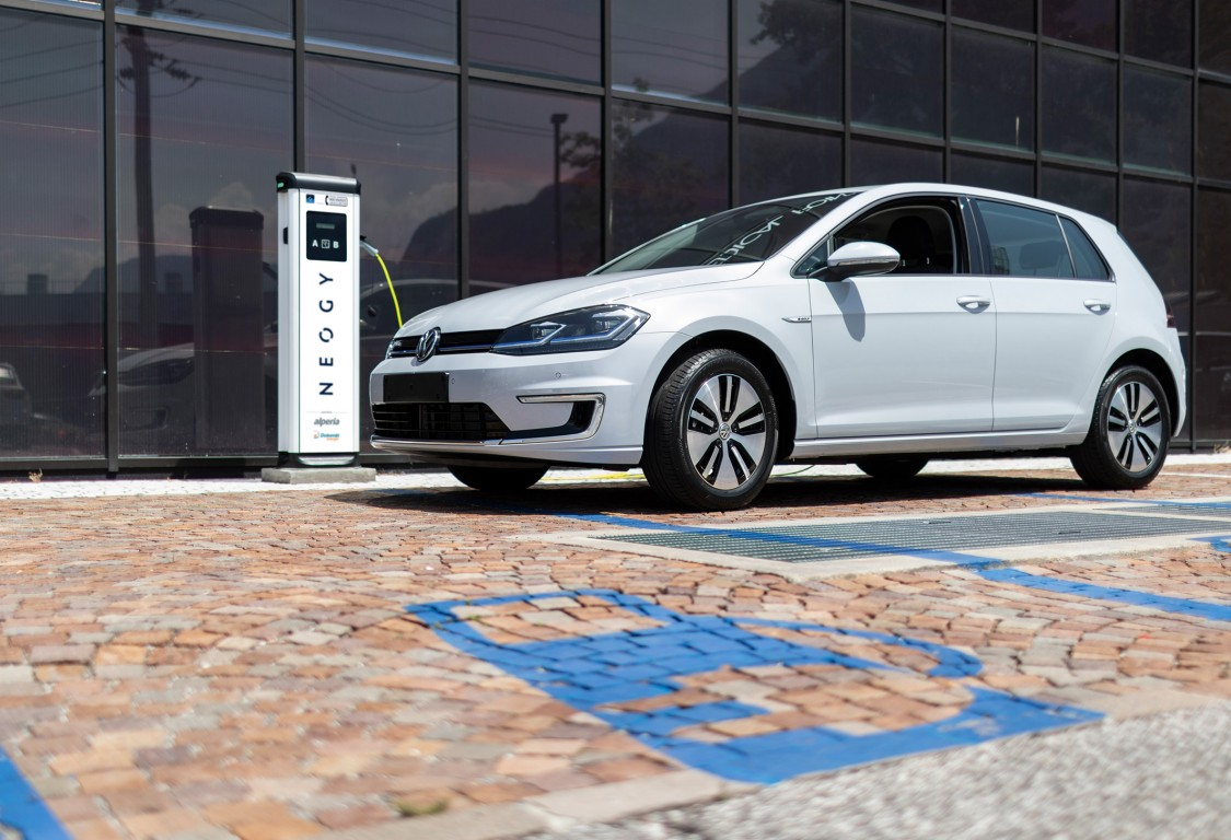 Creating an e-charging infrastructure