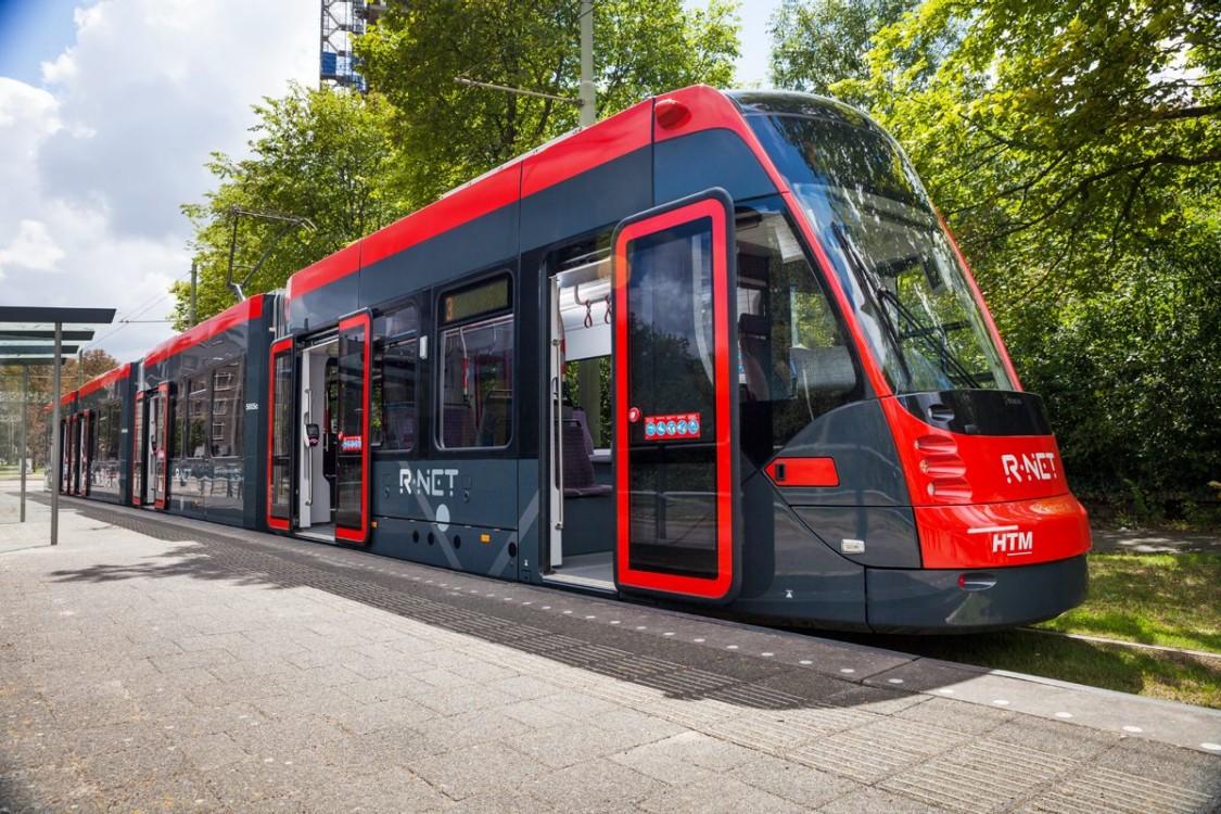 100%-Niederflurstraßenbahnen Avenio
