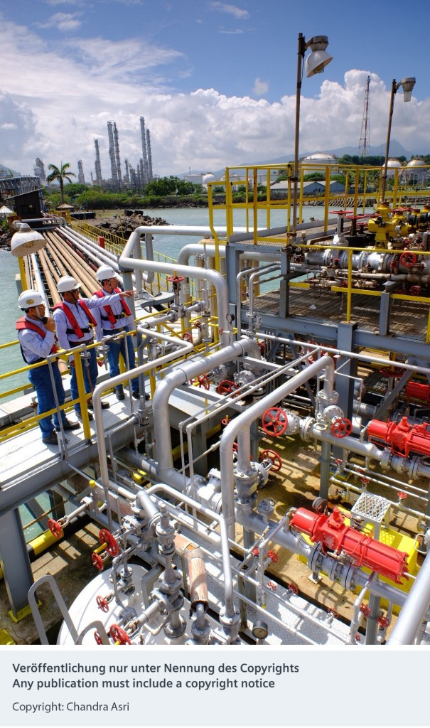 Siemens and Bentley Systems will develop the first petrochemical digital twin in Indonesia for Chandra Asri, the country's largest integrated petrochemical complex.