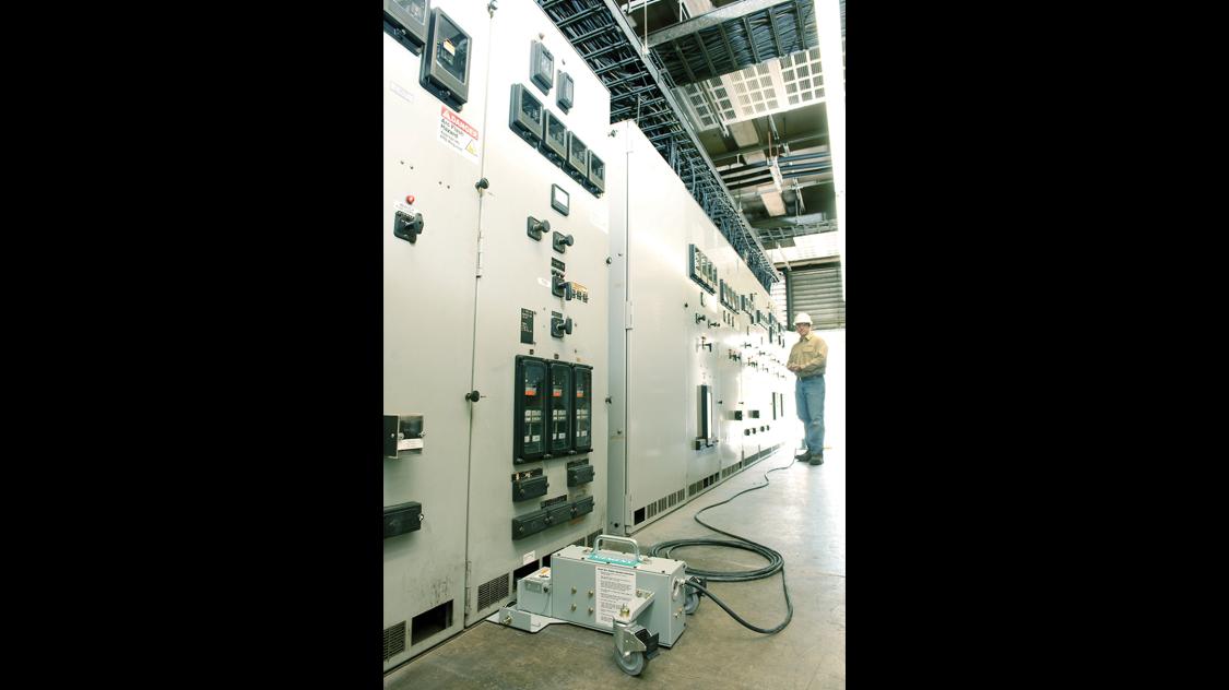 Medium voltage remote racking