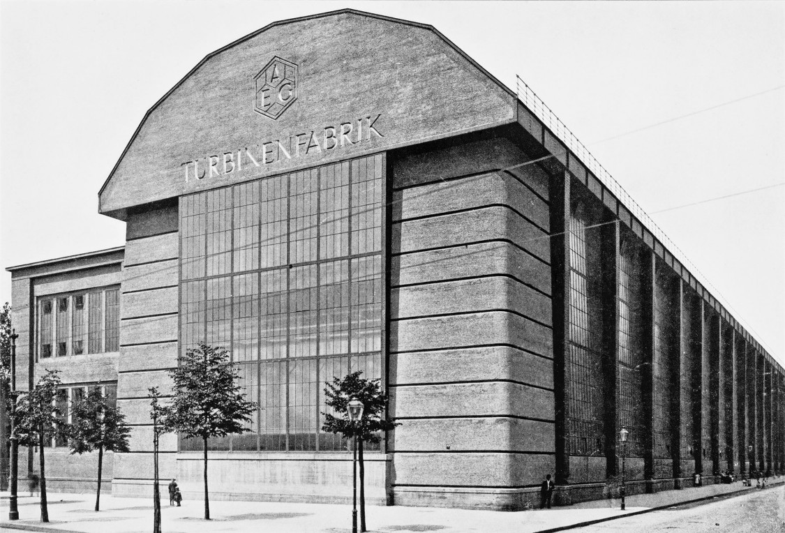Assembly hall for turbines in Berlin-Moabit, 1909/10