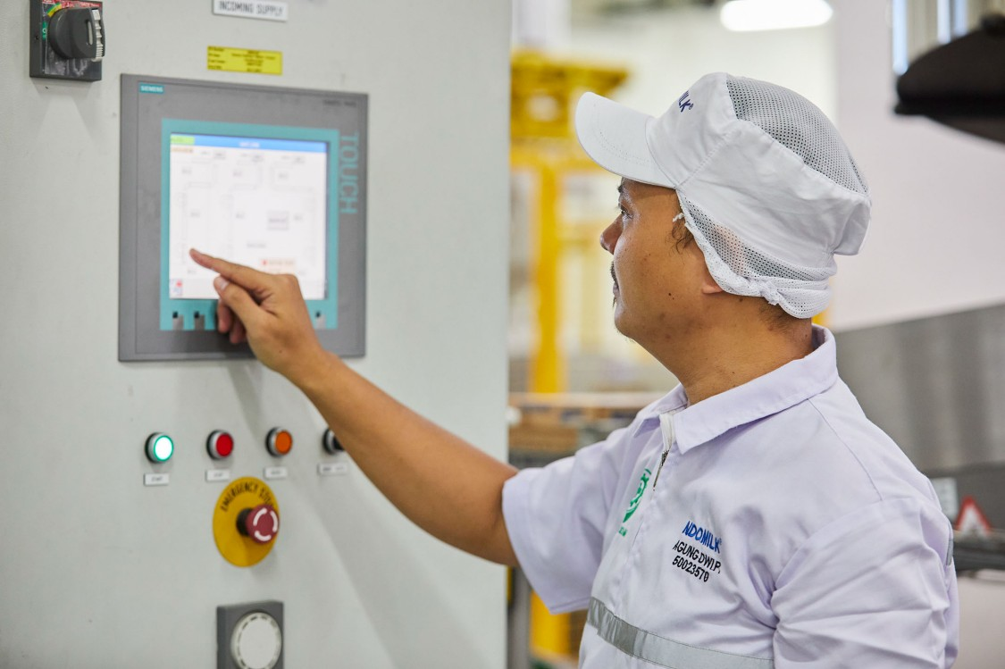digitalization-foodandbeverage-cloud-dairy-indonesia-indolakto-3