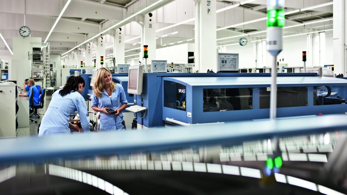 Загляньмо всередину фабрик Siemens