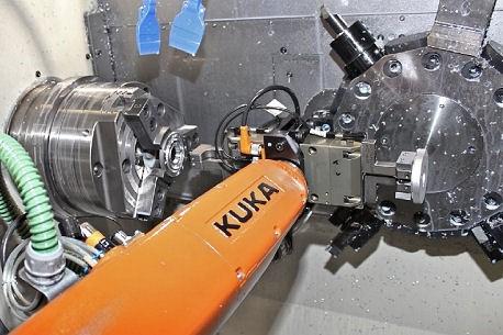Roboteranbindung an die CNC
