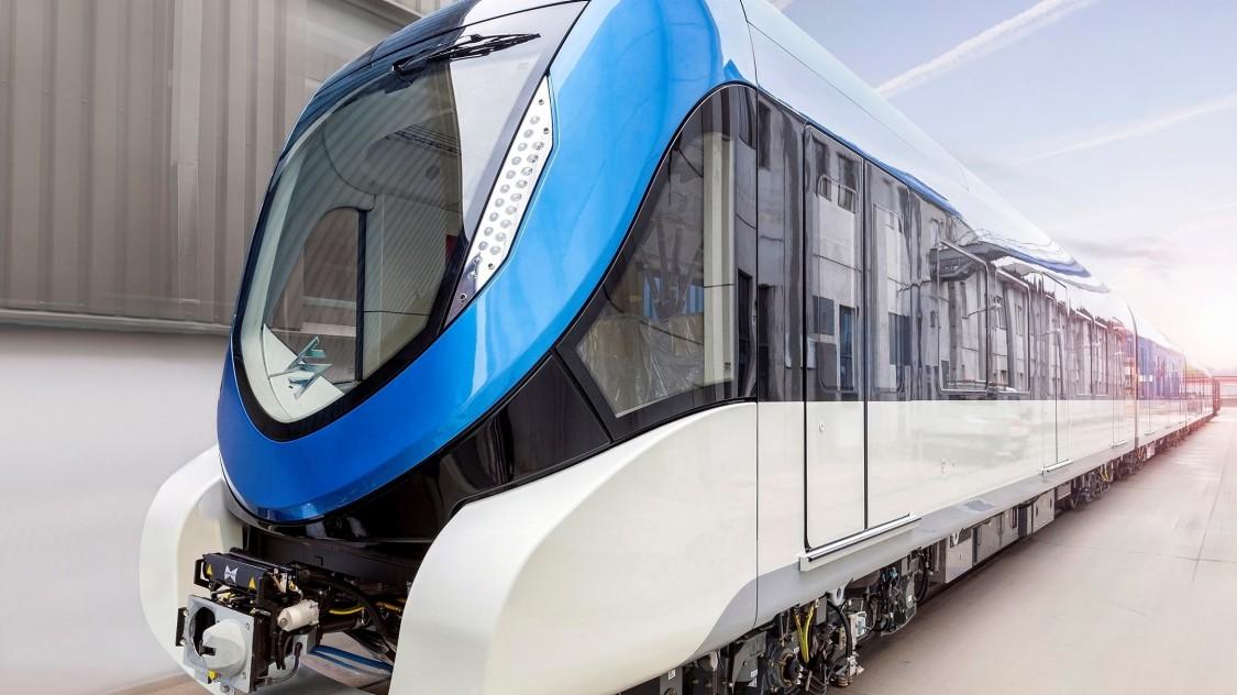 Ein Metro-Zug von Siemens Mobility in Riad.