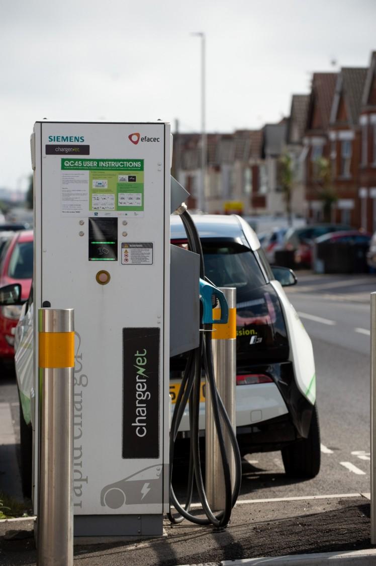 Siemens Multi-standard Rapid Electric Car Charger on street