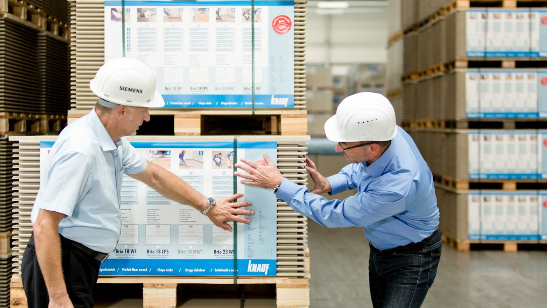 Th. Kroiher - Plant Manager, Knauf Integral KG and H. Horst, Siemens