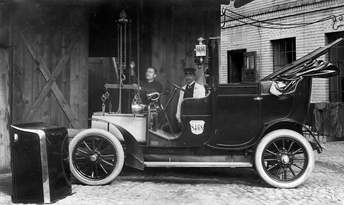 Historie, elektrická vozidla